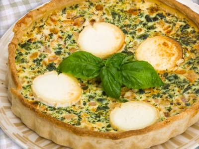 Quiche de brócoli, jamón y queso