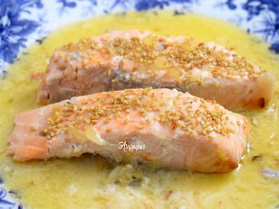 Salmón con salsa de coco y lima